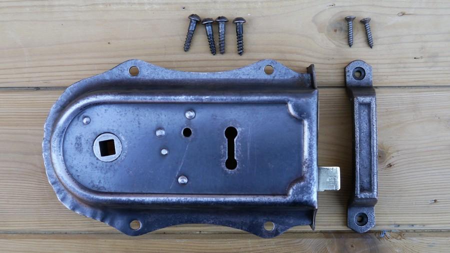 rim lock 5